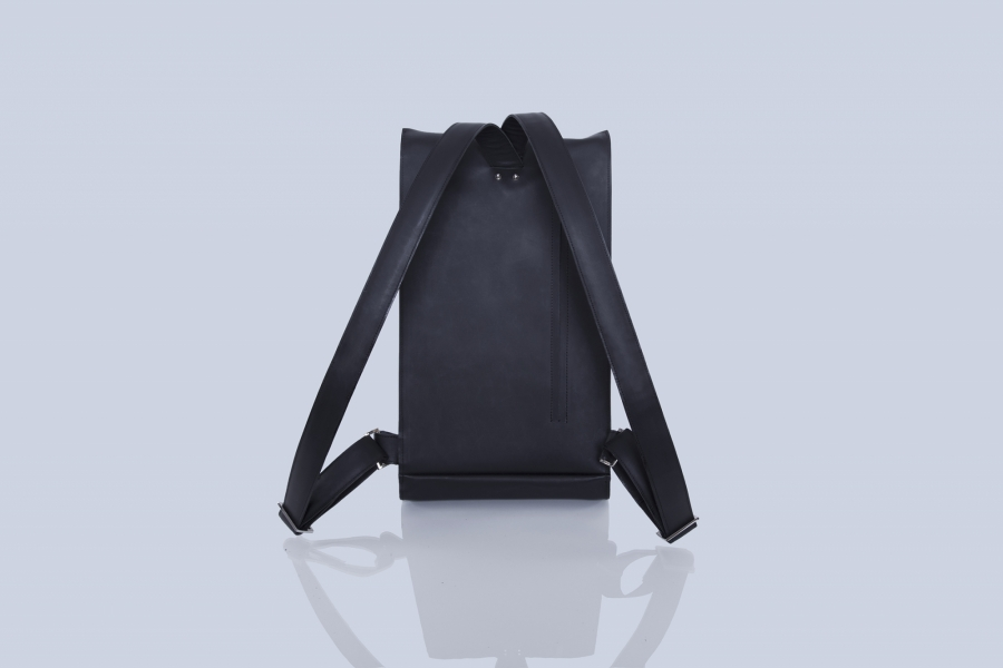 ONE-PIECE BACKPACK