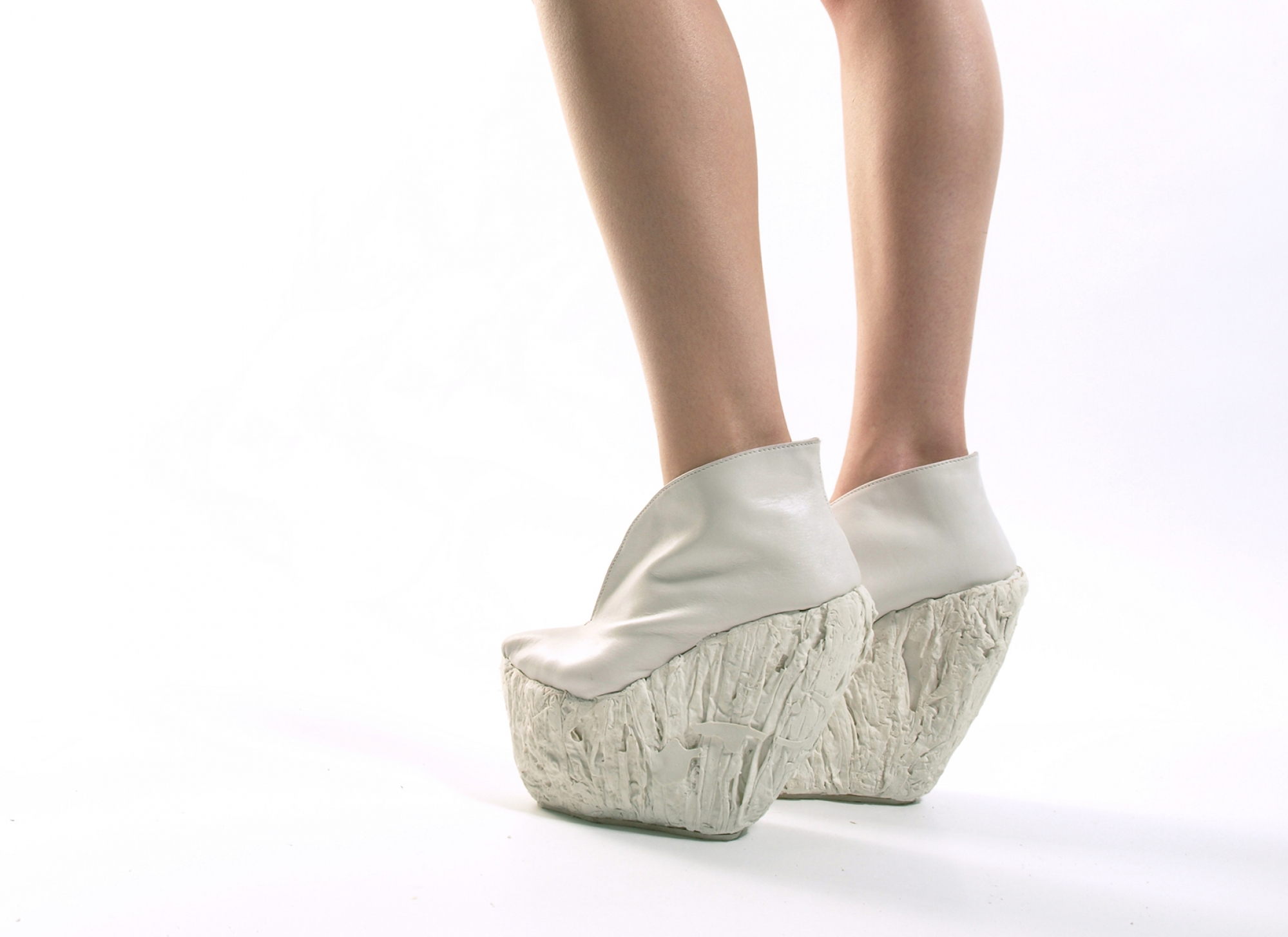 PORCELAIN SHOES